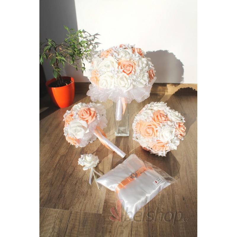 Set svatebních kytic v meruňkové