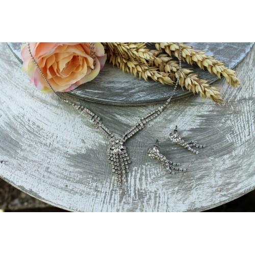 Štrasový náhrdelník - květina
