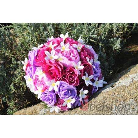 Svatební kytice v několika odstínech fialové