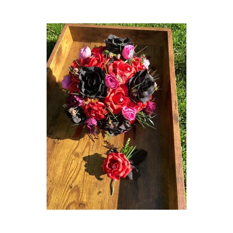 Svatební kytice ve stylu Gothic
